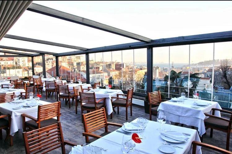 رستوران لاموئت استانبول